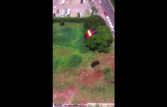 マンション 動画 通販 パラシュート 飛び降り 批判 号泣 家族に関連した画像-08