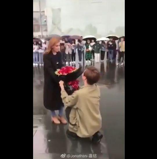 中国 御曹司 白人 女性 プロポーズ 失敗に関連した画像-02