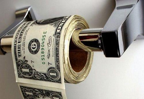 お金トイレに関連した画像-01