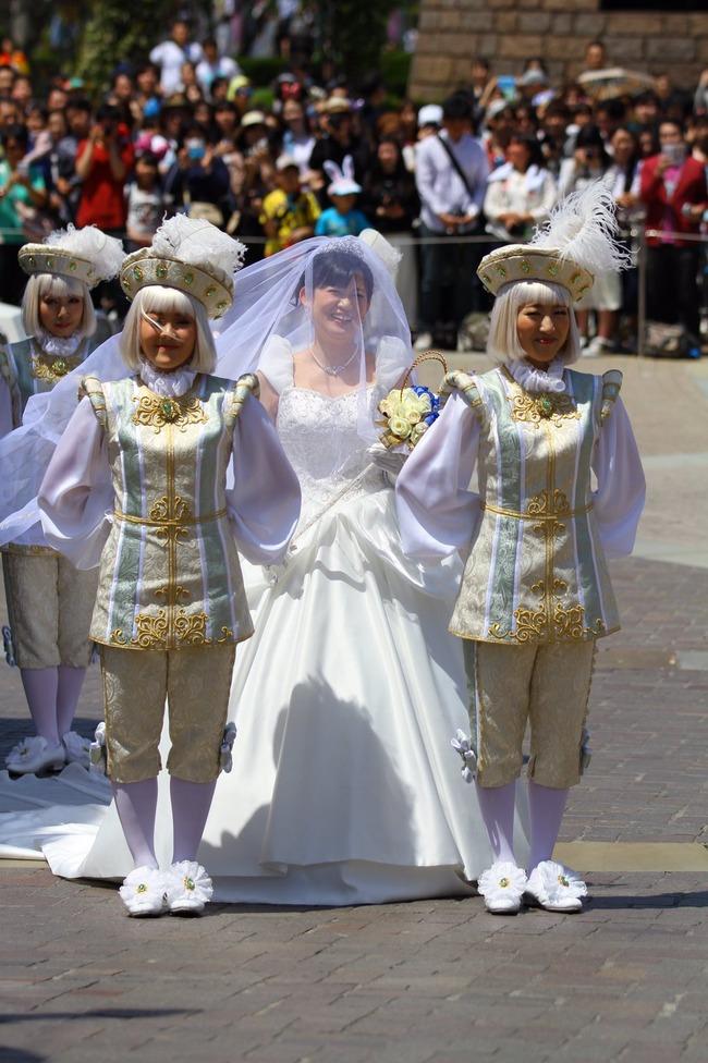 西又葵 結婚式 ディズニーランド シンデレラ城 イラストレーター 三宅淳一に関連した画像-11
