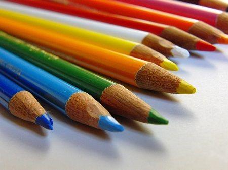 色鉛筆 画家 Twitterに関連した画像-01