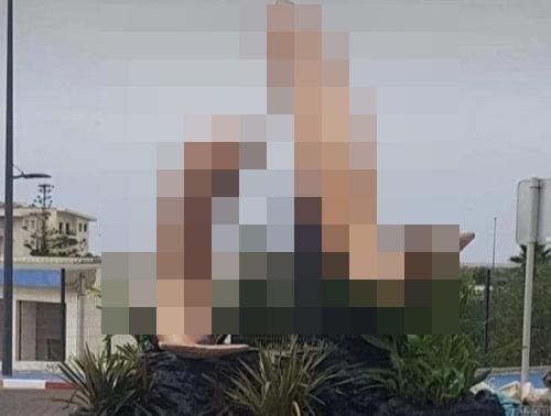 モロッコ魚彫像卑猥苦情に関連した画像-01