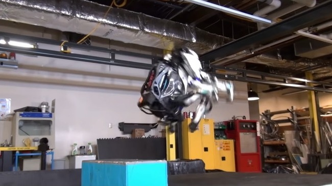人型ロボット Atlas バク宙に関連した画像-05