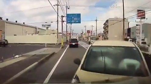 事故動画 理不尽 に関連した画像-06