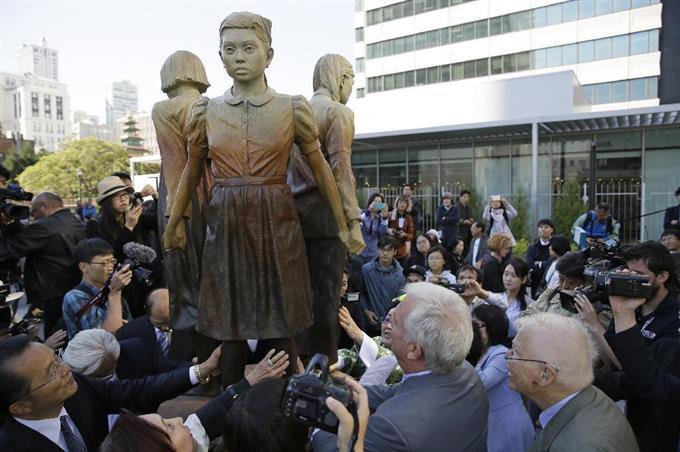【悲報】大阪市長の訴えも虚しく米サンフランシスコ市長、慰安婦像設置へ!両市の姉妹都市関係も解消に