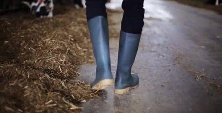 長靴 窃盗 盗み 性癖 男性 変態に関連した画像-01