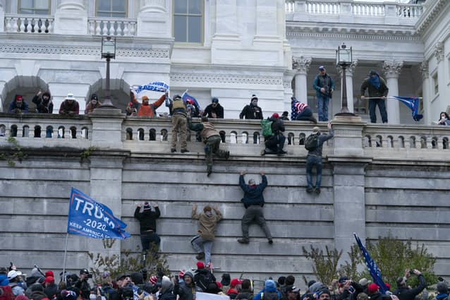 トランプ ワシントン アメリカ 大統領選 混乱 反乱 デモ バイデンに関連した画像-03