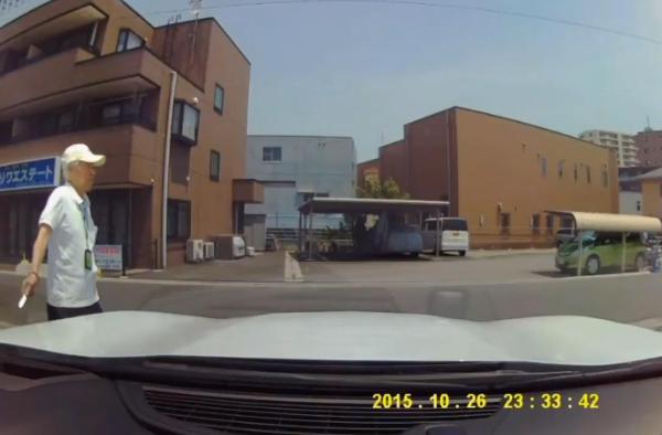 老害 車 カッター 傷 ドラレコに関連した画像-02