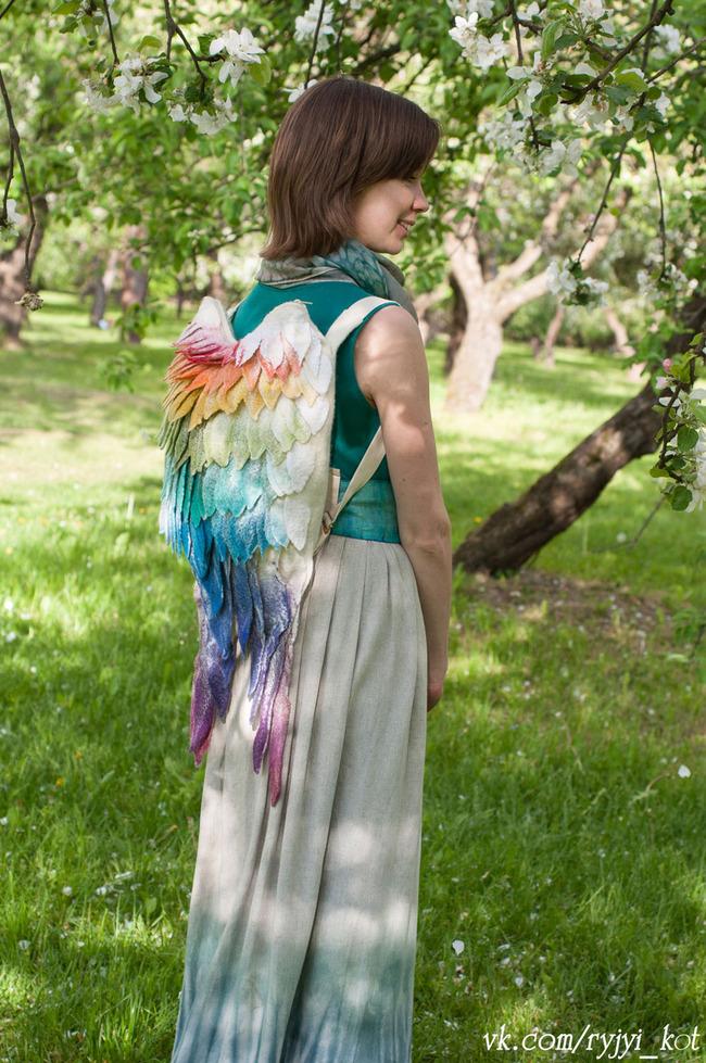 羽 バックパック 鳥の羽 リュックサック 鞄に関連した画像-07