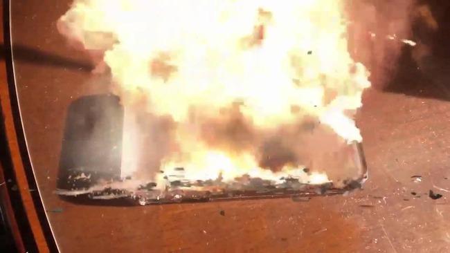 iPhone 爆発 火傷に関連した画像-01