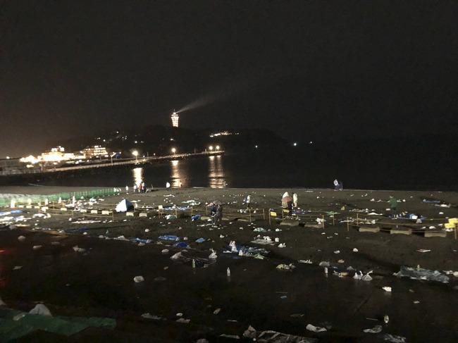 ゴミ 放置 江ノ島 花火大会 これが日本人に関連した画像-03