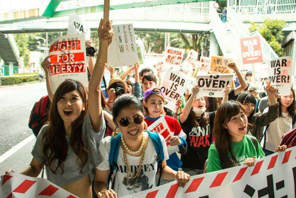 SEALDs デモ 日の丸に関連した画像-03