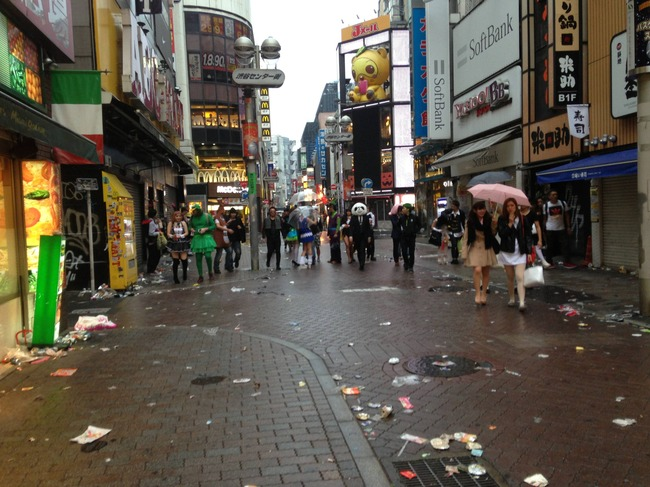 ハロウィン 渋谷 ゴミに関連した画像-03
