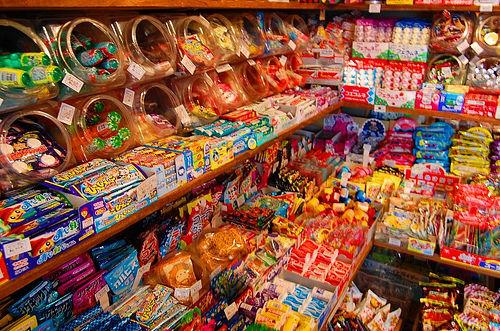 駄菓子 うまい棒 ベビースターラーメンに関連した画像-01