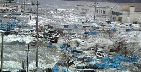ヤフー 津波 壁面広告 大きさ 高さ 3.11 銀座に関連した画像-01