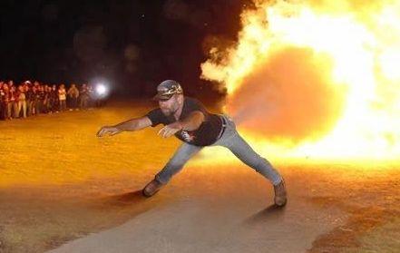 肛門 商品 万引き ラスベガス 爆発 シナモンロール 逮捕 に関連した画像-01