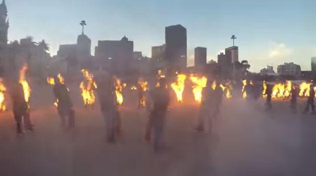 ギネス記録 火だるま 動画 狂気に関連した画像-06