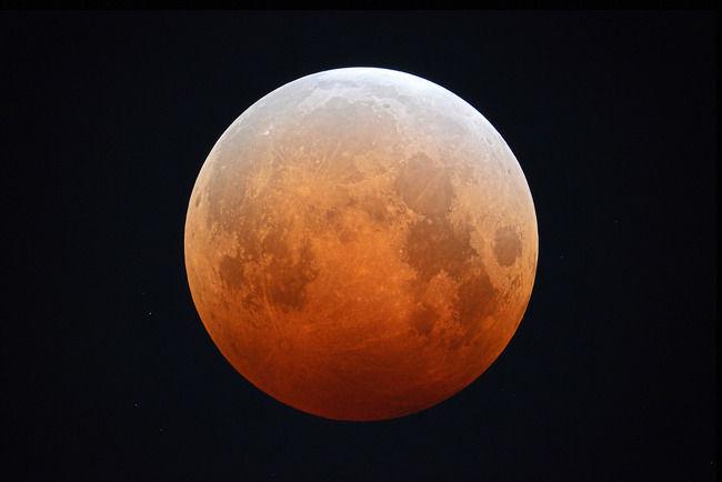 皆既月食 天体観測 赤銅色に関連した画像-01
