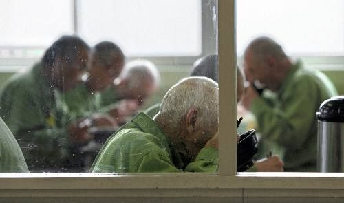 日本で高齢者が犯罪を犯しまくる理由が想像以上にヤバかった…