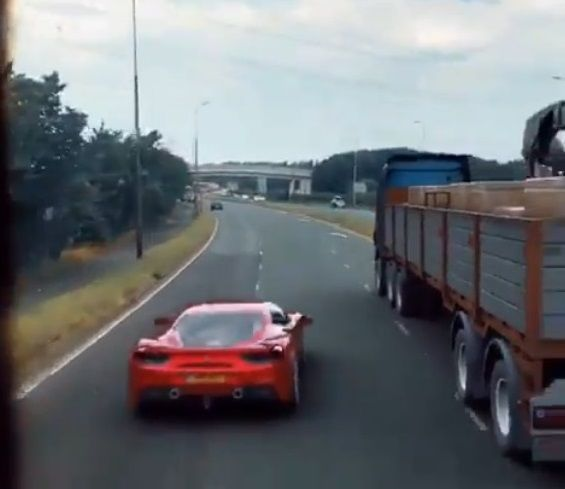 スーパーカー 警察追跡 ワイスピに関連した画像-03