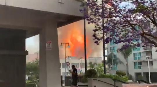 ロサンゼルス爆発に関連した画像-01