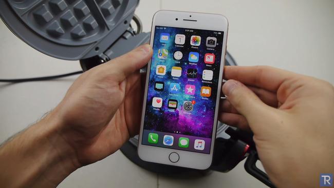 iPhone8 携帯 ユーチューバー ワッフル機に関連した画像-03