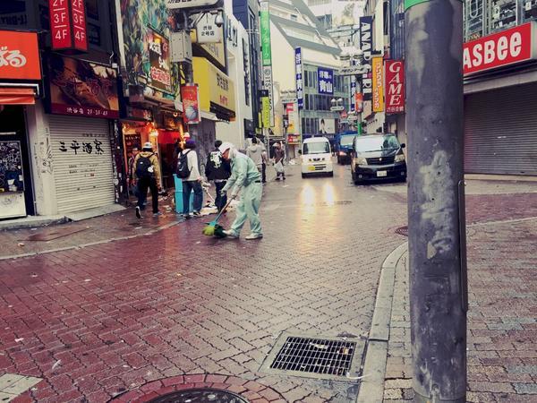 ハロウィン 渋谷 ゴミに関連した画像-11