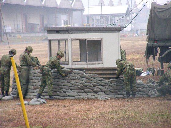 土嚢 自衛隊 芸術的 軍隊に関連した画像-07