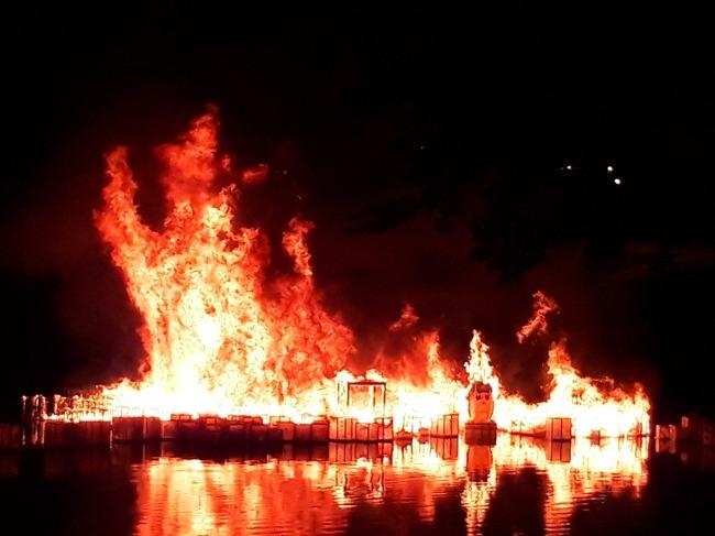 ポプテピピック 灯篭流し 炎上に関連した画像-07