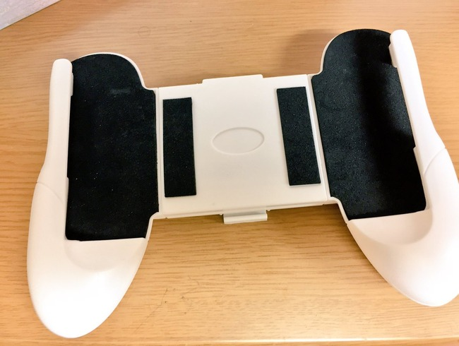 100均 スマホ ゲーム機 コントローラー スタンドに関連した画像-03