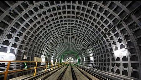 アマゾン 特許 地下トンネルに関連した画像-01