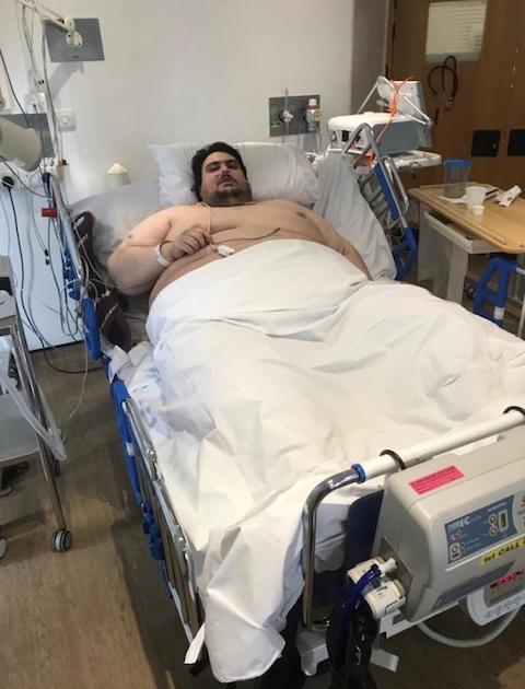 男性 5年間 ひきこもり 宅配 体重 317kgに関連した画像-04