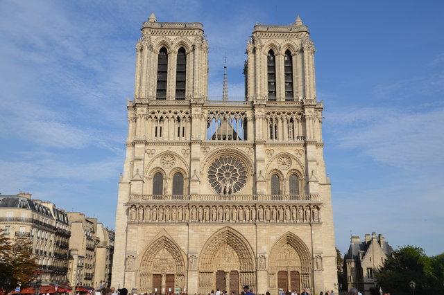 パリ ノートルダム大聖堂 火災 崩落 全焼に関連した画像-02