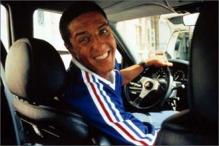 タクシー 排尿に関連した画像-01