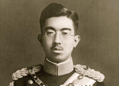 昭和天皇 御影 焼き 慰安婦像 あいちトリエンナーレに関連した画像-01