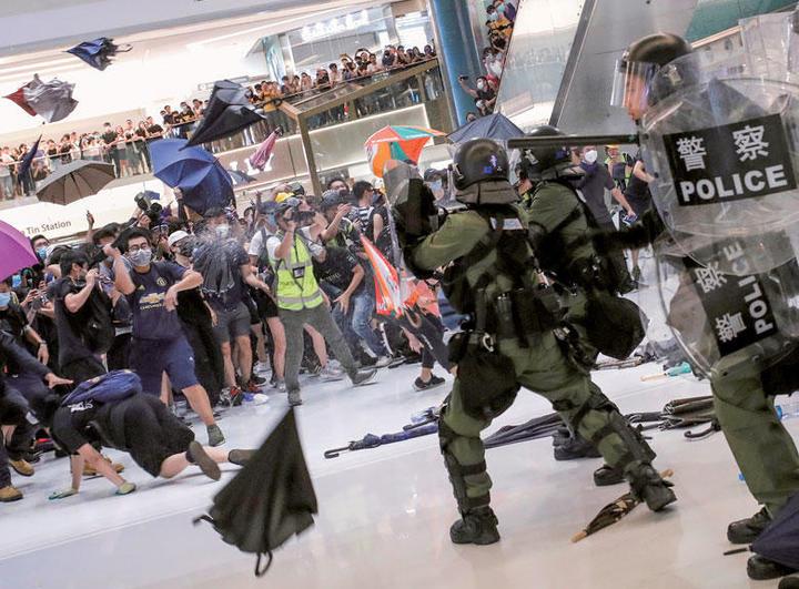 香港 中国 デモ 反社に関連した画像-01