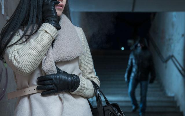 夜道 女性 男性に関連した画像-01