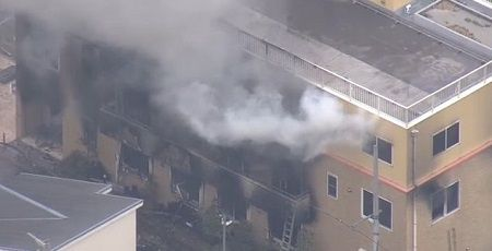 京アニ放火事件、死者が33人に