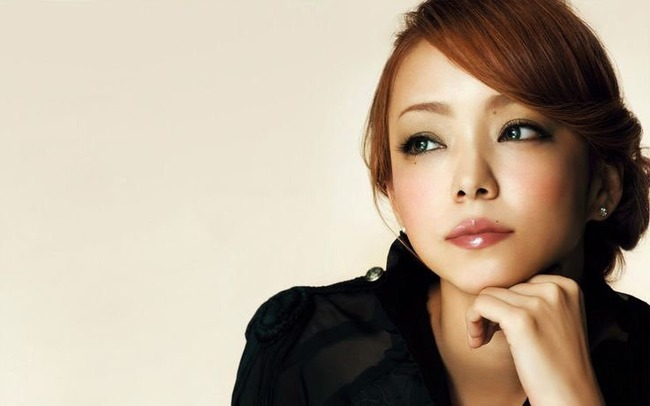 【速報】歌手・安室奈美恵さんが引退!!