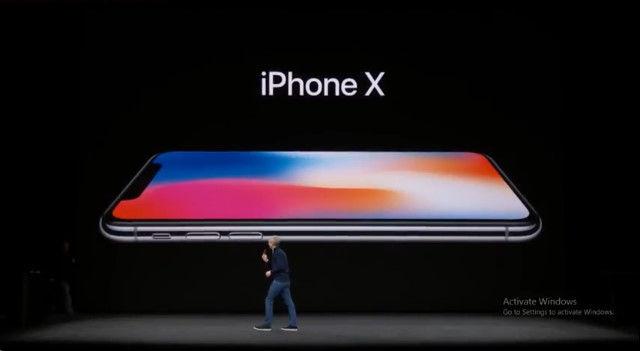 Apple 発表会 iPhoneXに関連した画像-01