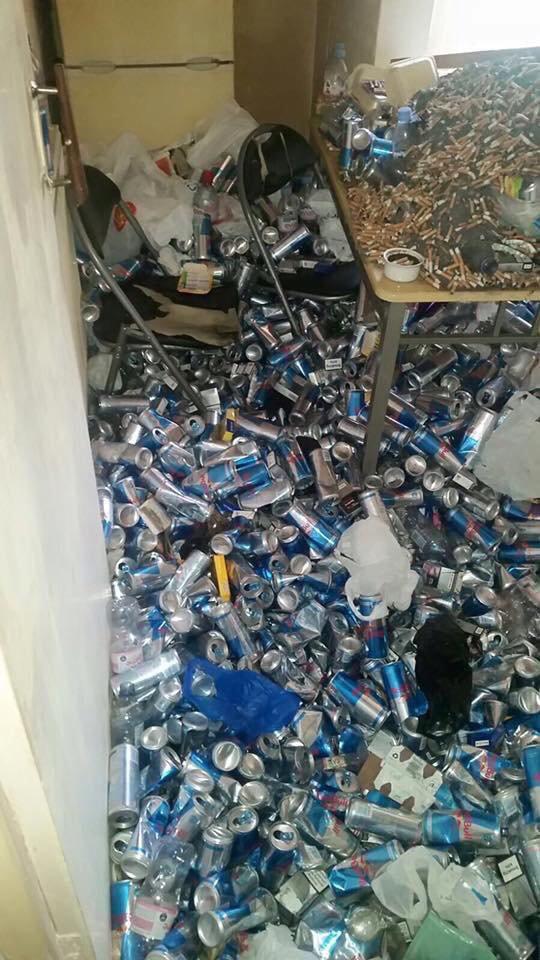 エナジードリンク レッドブル 廃人 家庭 ゴミ屋敷に関連した画像-04