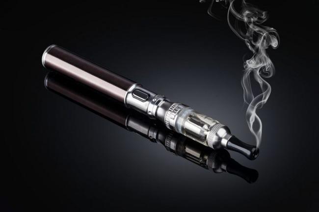 電子タバコ 破裂 死亡に関連した画像-01