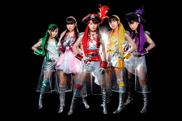 news_large_momoirocloverZ_art_201201