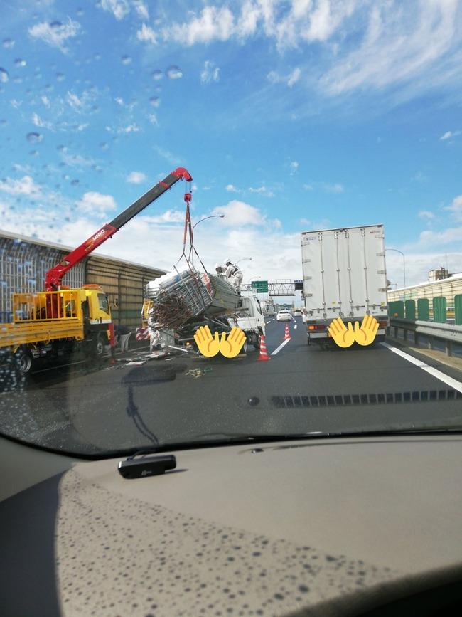 トラック 過積載に関連した画像-05
