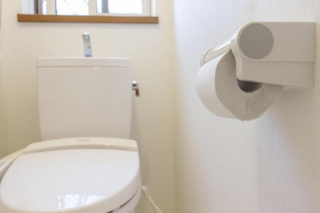 トイレットペーパー トイレ 閉じ込めに関連した画像-01