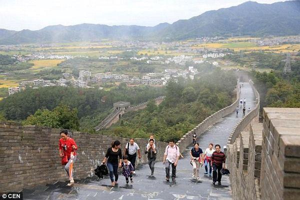 中国 万里の長城 偽物に関連した画像-05