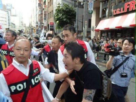 菅野完 森友問題 ジャーナリスト アメリカ 逮捕状 女性 暴行に関連した画像-03