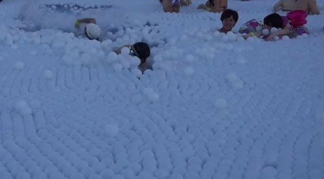パリピ リア充 ナイトプール 水泳 本気 6面ステーションに関連した画像-08