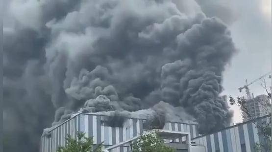 中国ファーウェイ研究施設火災に関連した画像-01