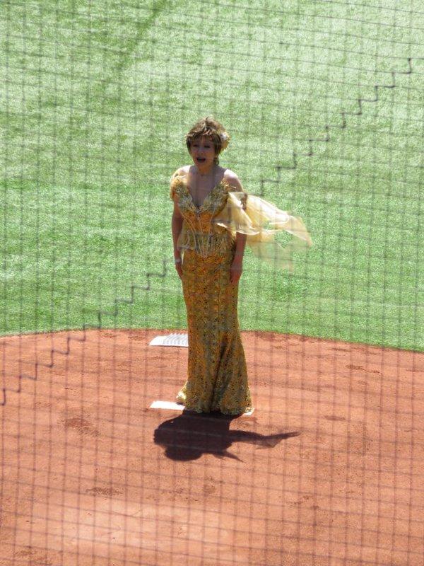 ラスボス 小林幸子 千本桜 999キロ 水着 始球式 黄金に関連した画像-05